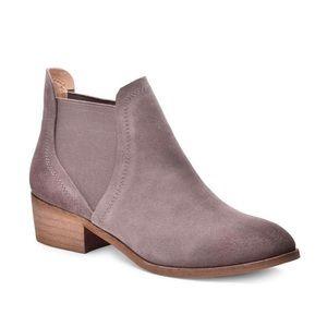 SPLENDID Henri ankle chelsea booties boots 7.5